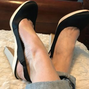Nine West Black platform sling back heels 8.5